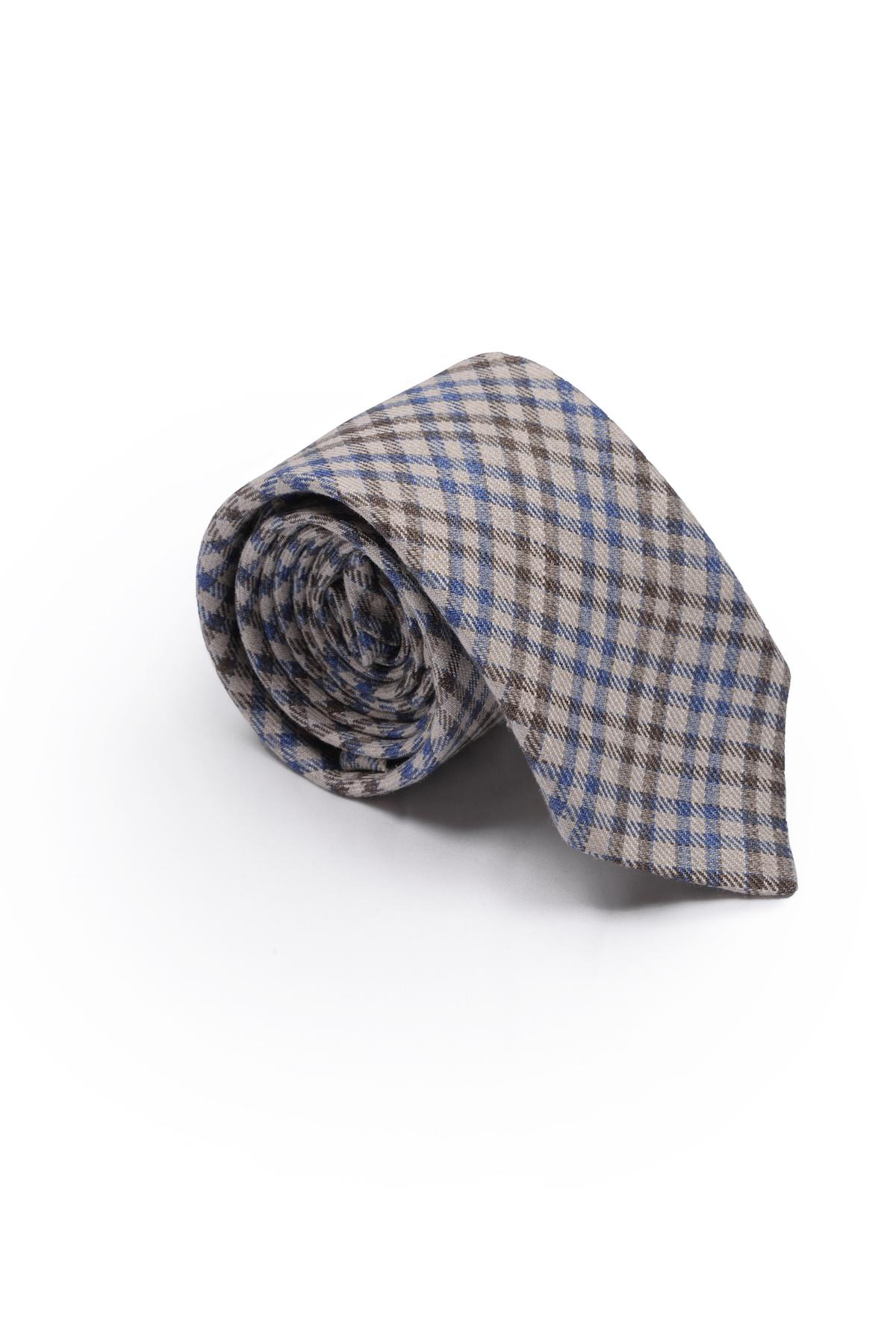 Cravate motif carreaux en lin – beige bleu   Cadot dc890a18802