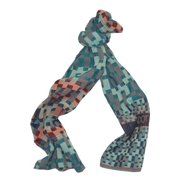 Echarpe motifs pixel. SOLDES. SOLDES. SOLDES 8b8f830e190