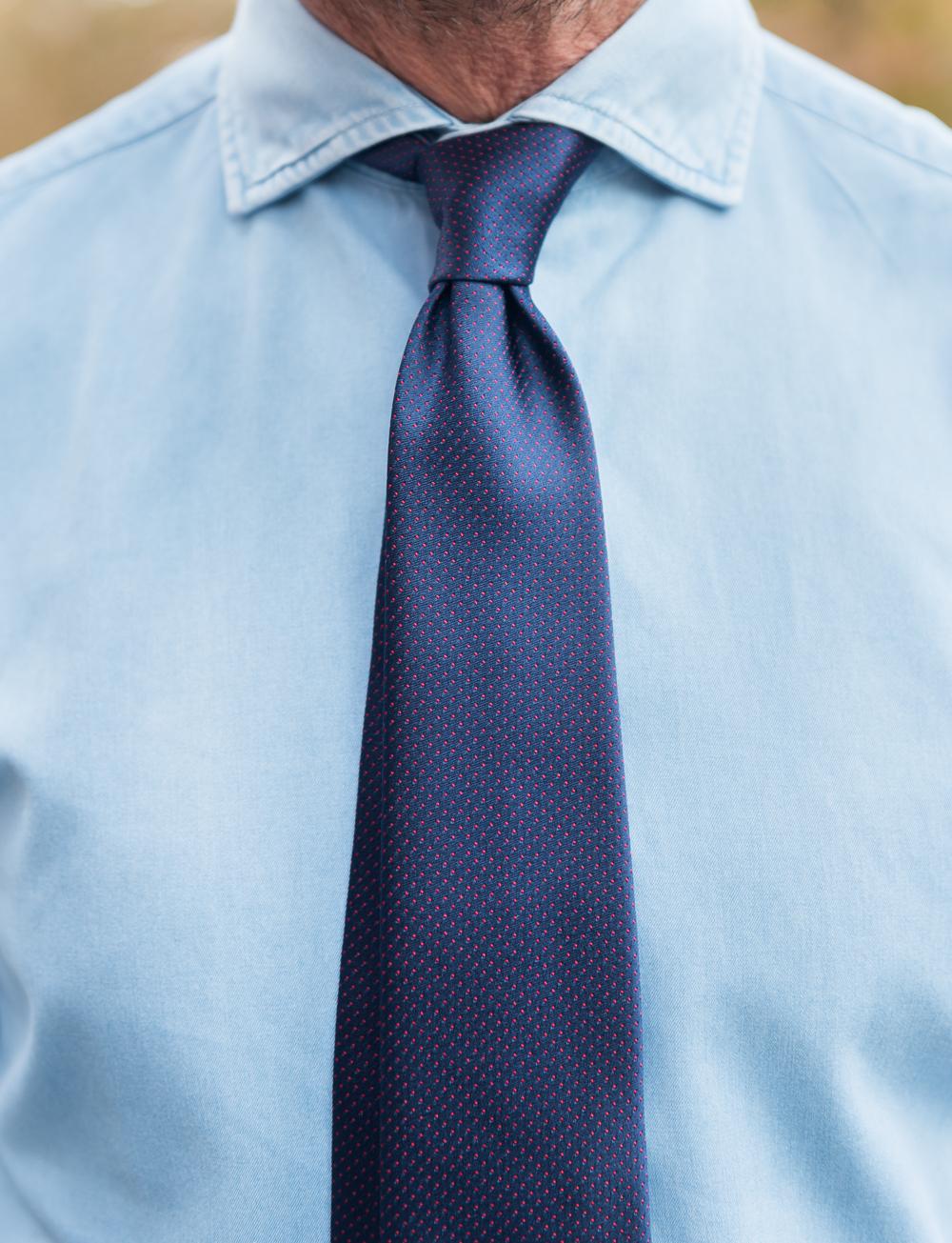 Cravate en soie à pois – bleu marine rouge   Cadot 1afb56b1938